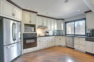 Photo 3: 1209 3240 66 Avenue SW in Calgary: Lakeview Row/Townhouse for sale : MLS®# A1136808