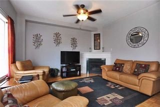 Photo 2: 105 Queen Mary Drive in Brampton: Fletcher's Meadow House (2-Storey) for sale : MLS®# W3159861