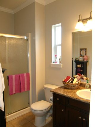 Photo 15: 20 21293 LAKEVIEW Crescent in Hope: Hope Kawkawa Lake Townhouse for sale : MLS®# R2596395