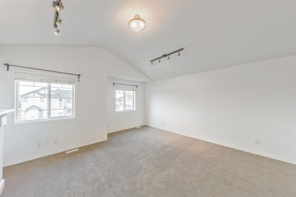 Photo 17: Photos: 53 Bridleridge Heights SW in Calgary: Bridlewood Detached for sale : MLS®# A1129360