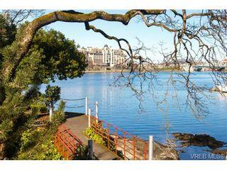 Photo 18: 252 ontario St in VICTORIA: Vi James Bay Half Duplex for sale (Victoria)  : MLS®# 736021
