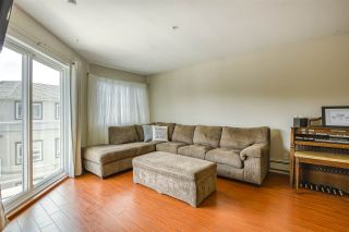 """Photo 5: 416 8142 120A Street in Surrey: Queen Mary Park Surrey Condo for sale in """"Sterling Court"""" : MLS®# R2471203"""