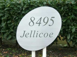 "Photo 2: 8495 JELLICOE Street in Vancouver: Fraserview VE Condo for sale in ""RIVERGATE"" (Vancouver East)  : MLS®# V629760"