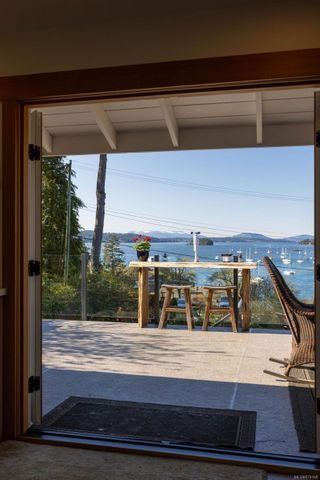 Photo 9: 800 Sea Dr in : CS Brentwood Bay House for sale (Central Saanich)  : MLS®# 874148