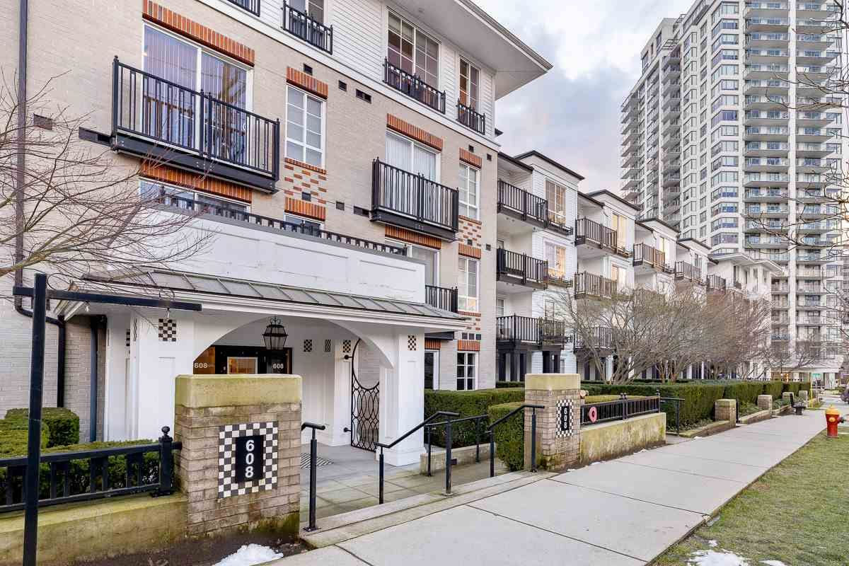 "Main Photo: 302 608 COMO LAKE Avenue in Coquitlam: Coquitlam West Condo for sale in ""GEORGIA"" : MLS®# R2540108"