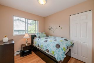 """Photo 10: 7 1828 LILAC Drive in Surrey: King George Corridor Townhouse for sale in """"Lilac Green"""" (South Surrey White Rock)  : MLS®# R2391831"""