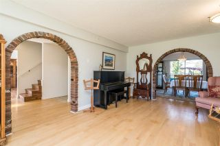 Photo 9: 26971 64 AVENUE in Langley: County Line Glen Valley House for sale : MLS®# R2566456
