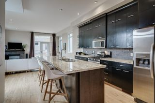 Photo 2: 3837 Parkhill Street SW in Calgary: Parkhill Detached for sale : MLS®# A1019490
