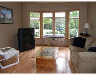 """Photo 8: 2055 MAMQUAM Road in Squamish: Garibaldi Estates House for sale in """"GARIBALDI ESTATES"""" : MLS®# V766913"""