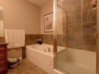 Photo 11: 218 30 Discovery Ridge Close SW in Calgary: Discovery Ridge Apartment for sale : MLS®# A1126368