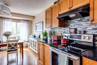 Photo 10: 53 EVERRIDGE Court SW in Calgary: Evergreen Detached for sale : MLS®# C4304957