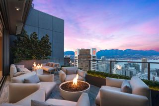 """Photo 3: PH3 777 RICHARDS Street in Vancouver: Downtown VW Condo for sale in """"Telus Garden"""" (Vancouver West)  : MLS®# R2589963"""