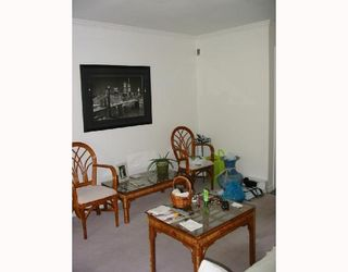 """Photo 3: 302 102 BEGIN Street in Coquitlam: Maillardville Condo for sale in """"CHATEAU D'OR"""" : MLS®# V701901"""