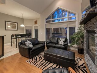 Photo 4: 23 DISCOVERY RIDGE Lane SW in Calgary: Discovery Ridge Detached for sale : MLS®# A1074713