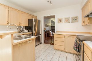"""Photo 9: 13 19274 FORD Road in Pitt Meadows: Central Meadows Townhouse for sale in """"Monterra South"""" : MLS®# R2114139"""