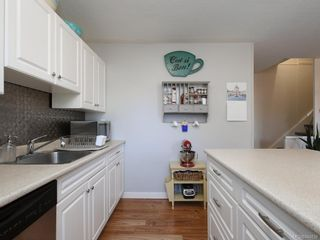 Photo 11: 3 10070 Fifth St in Sidney: Si Sidney North-East Row/Townhouse for sale : MLS®# 844838