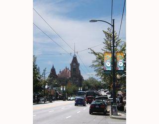 """Photo 8: 637 E 11TH Avenue in Vancouver: Mount Pleasant VE House for sale in """"MOUNT PLEASANT"""" (Vancouver East)  : MLS®# V725387"""