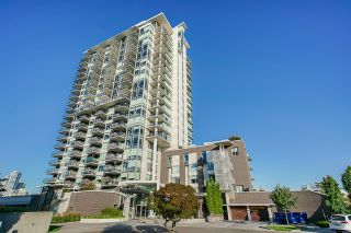 Photo 2: 1104 210 Salter Street in New Westminster: Queensborough Condo for sale