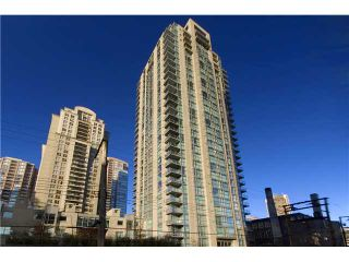 """Photo 1: # 2001 928 RICHARDS ST in Vancouver: Downtown VW Condo for sale in """"THE SAVOY"""" (Vancouver West)  : MLS®# V860098"""