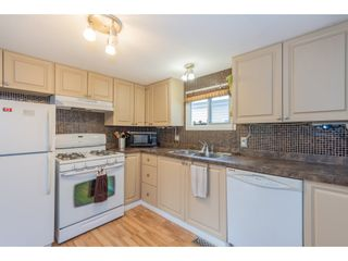 """Photo 12: 14 20071 24 Avenue in Langley: Brookswood Langley Manufactured Home for sale in """"Fernridge Park"""" : MLS®# R2562399"""