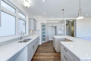 Photo 5: 554 Burgess Crescent in Saskatoon: Rosewood Residential for sale : MLS®# SK851368