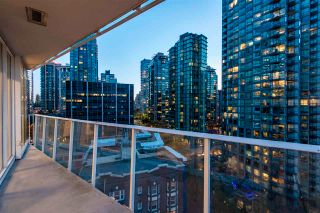 "Photo 12: 1501 1277 MELVILLE Street in Vancouver: Coal Harbour Condo for sale in ""FLATIRON"" (Vancouver West)  : MLS®# R2572328"