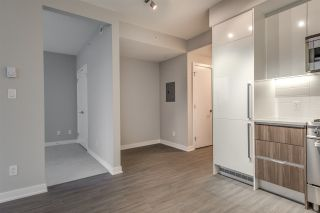"""Photo 8: 1705 4900 LENNOX Lane in Burnaby: Metrotown Condo for sale in """"THE PARK"""" (Burnaby South)  : MLS®# R2223215"""