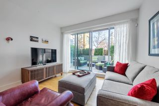 """Photo 1: 212 2128 W 40TH Avenue in Vancouver: Kerrisdale Condo for sale in """"Kerrisdale Gardens"""" (Vancouver West)  : MLS®# R2616322"""