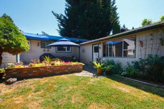 Photo 24: 4260 Wilkinson Rd in : SW Layritz House for sale (Saanich West)  : MLS®# 850274
