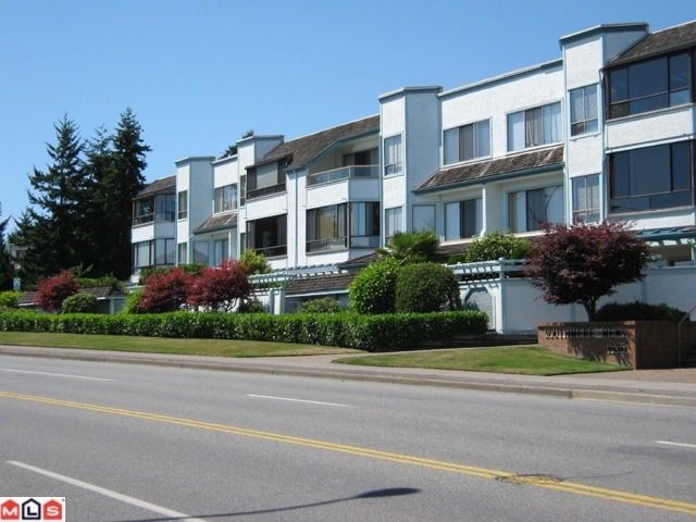 """Main Photo: 310 1830 E SOUTHMERE Crescent in Surrey: Sunnyside Park Surrey Condo for sale in """"Southmere Mews"""" (South Surrey White Rock)  : MLS®# F1100591"""