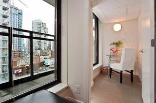 """Photo 10: 1007 788 RICHARDS Street in Vancouver: Downtown VW Condo for sale in """"L'HERMITAGE"""" (Vancouver West)  : MLS®# V815597"""