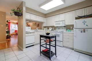 "Photo 11: 26 13713 72A Avenue in Surrey: East Newton Townhouse for sale in ""ASHLEY GATE"" : MLS®# R2219960"