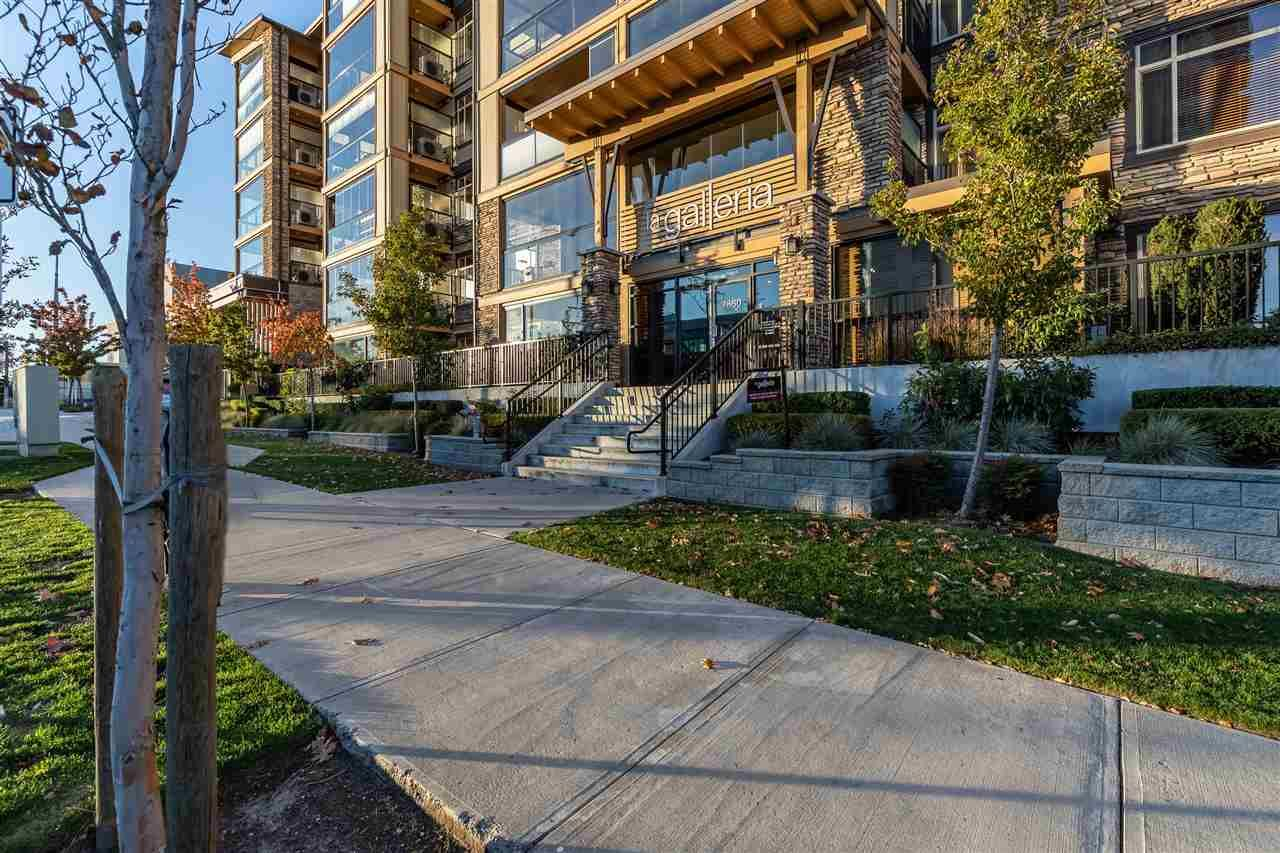 "Main Photo: 516 32445 SIMON Avenue in Abbotsford: Central Abbotsford Condo for sale in ""LA GALLERIA"" : MLS®# R2516087"