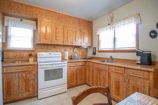 Photo 8: 15 Lennox Avenue in Winnipeg: St Vital Residential for sale (2D)  : MLS®# 202113004