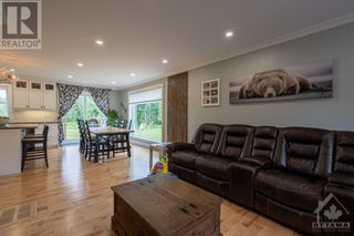 Photo 11: 3580 COUNTY RD 17 ROAD in Hawkesbury: House for sale : MLS®# 1248189