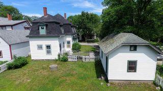 Photo 3: 123 Mowatt Street in Shelburne: 407-Shelburne County Residential for sale (South Shore)  : MLS®# 202117053