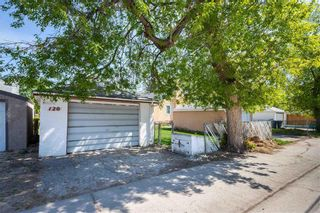 Photo 3: 120 Tait Avenue in Winnipeg: Scotia Heights Residential for sale (4D)  : MLS®# 202112156