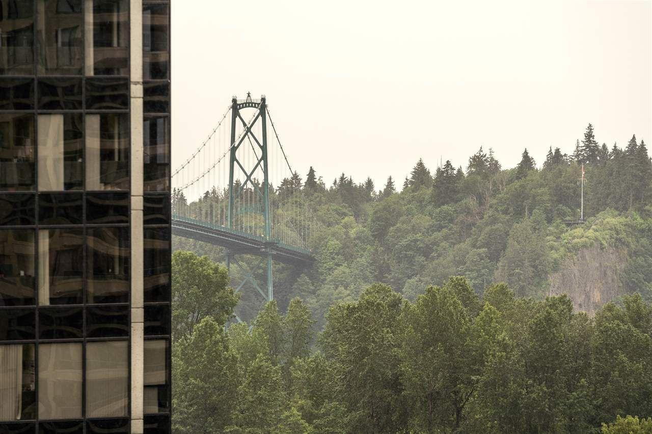 Photo 16: Photos: 10A 338 TAYLOR WAY in West Vancouver: Park Royal Condo for sale : MLS®# R2463301