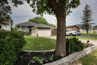 Photo 46: 676 Community Row in Winnipeg: Charleswood Residential for sale (1G)  : MLS®# 202115287
