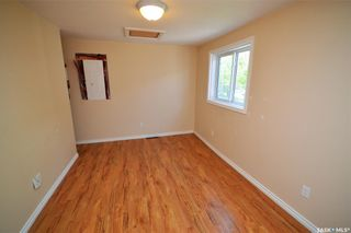 Photo 9: 945 Stadacona Street East in Moose Jaw: Hillcrest MJ Residential for sale : MLS®# SK857131