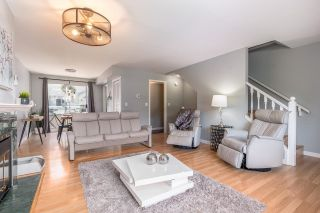 """Photo 5: 4 3476 COAST MERIDIAN Road in Port Coquitlam: Lincoln Park PQ Townhouse for sale in """"LAURIER MEWS"""" : MLS®# R2598471"""
