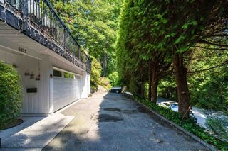 """Photo 2: 6825 HYCROFT Road in West Vancouver: Whytecliff House for sale in """"Whytecliff"""" : MLS®# R2604237"""