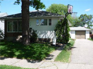 Photo 2: 489 Greene Avenue in WINNIPEG: East Kildonan Residential for sale (North East Winnipeg)  : MLS®# 1010343