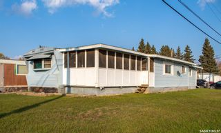 Photo 1: 218 5th Avenue South in Melfort: Residential for sale : MLS®# SK873867