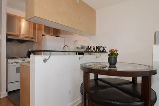 Photo 6: 706 1003 BURNABY Street in Vancouver: West End VW Condo for sale (Vancouver West)  : MLS®# V977698