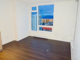 """Photo 2: 1803 5665 BOUNDARY Road in Vancouver: Collingwood VE Condo for sale in """"Wall Centre"""" (Vancouver East)  : MLS®# R2625088"""