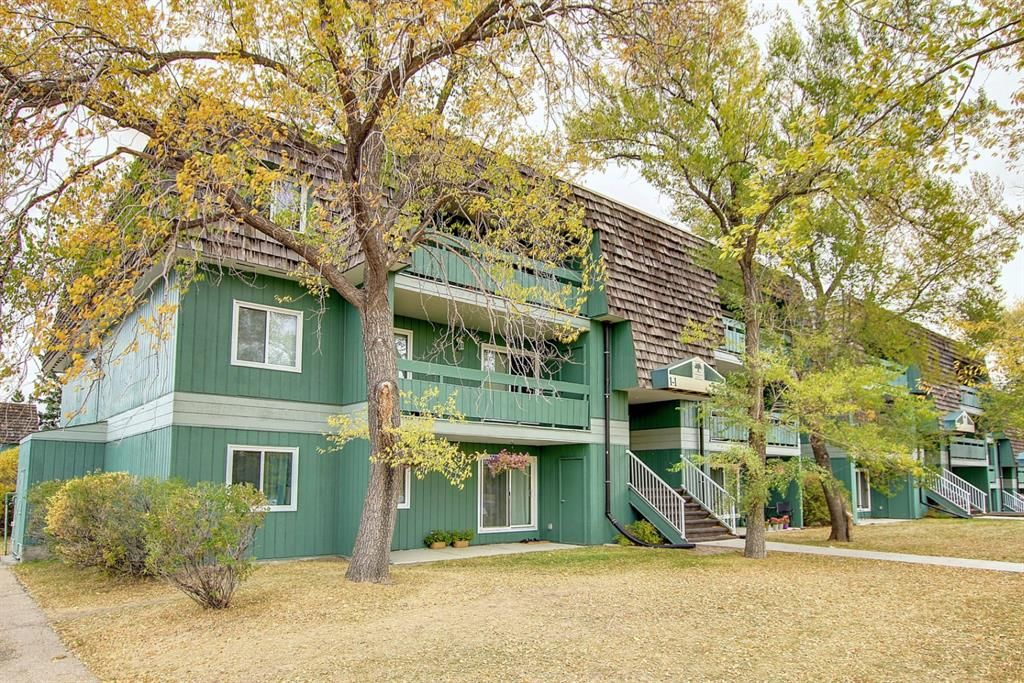 Main Photo: 1302 315 Southampton Drive SW in Calgary: Southwood Apartment for sale : MLS®# A1153022