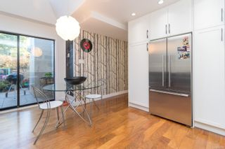 Photo 11: 20 416 Dallas Rd in : Vi James Bay Row/Townhouse for sale (Victoria)  : MLS®# 885927