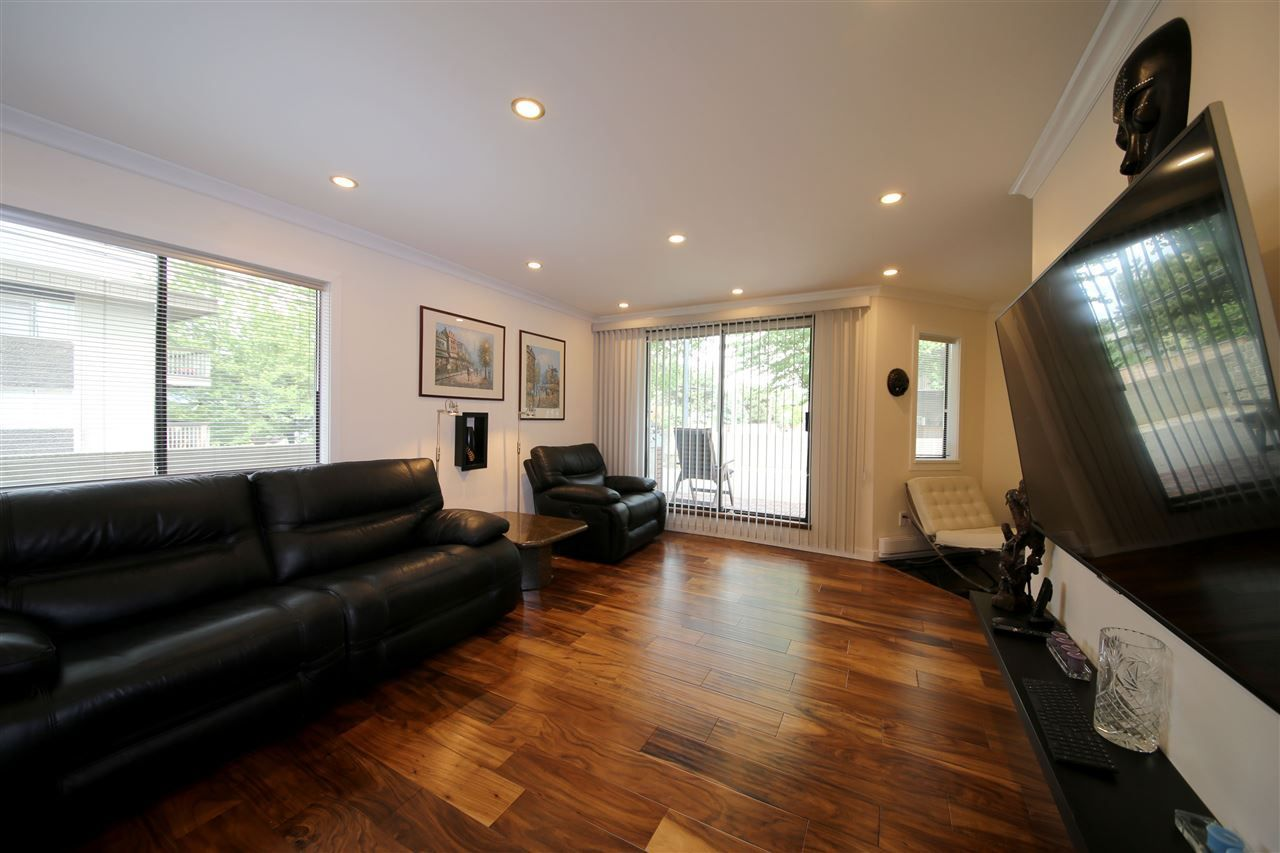 Main Photo: 101 975 E BROADWAY in Vancouver: Mount Pleasant VE Condo for sale (Vancouver East)  : MLS®# R2272269