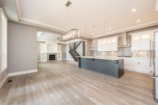 Photo 4: 1031 PALMDALE STREET in Coquitlam: Ranch Park House for sale : MLS®# R2194050